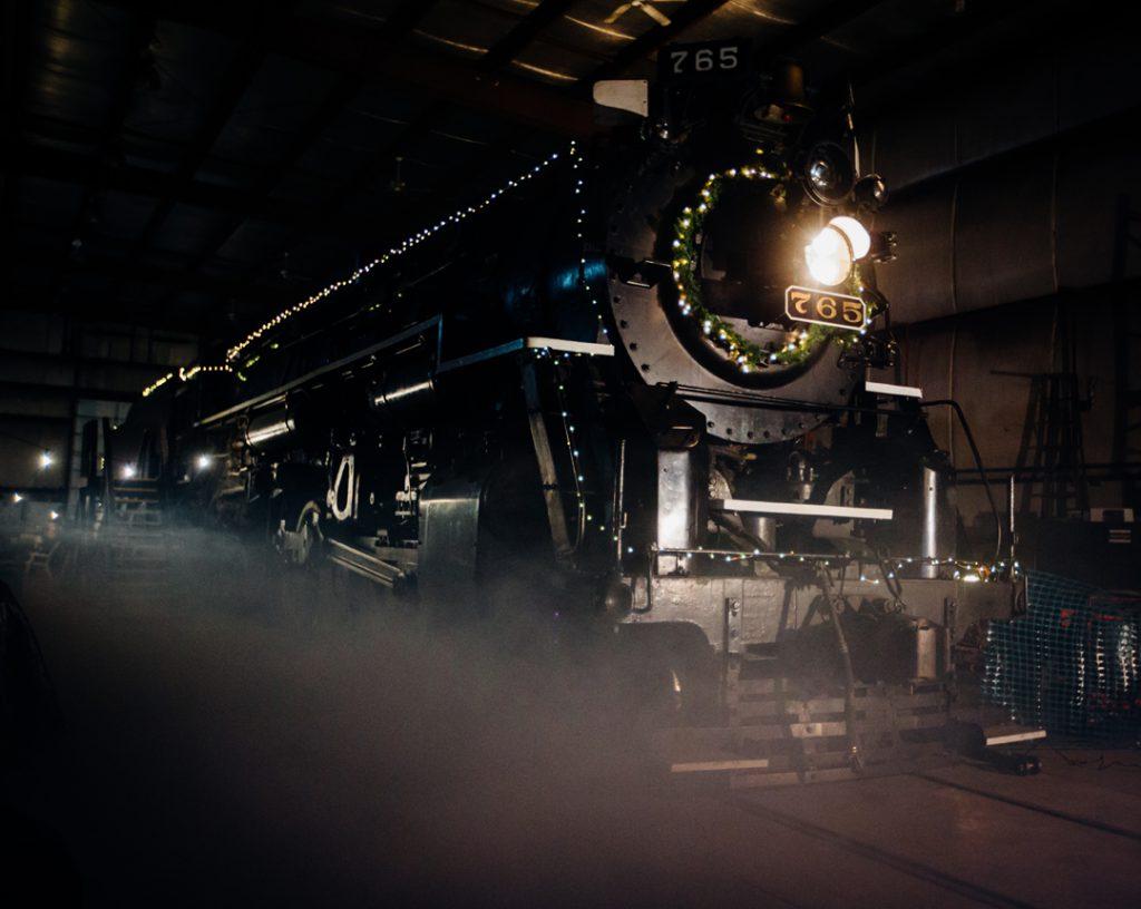 2016-santa-train-edit-7434